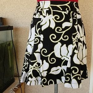 ANN TAYLOR Trumpet Knee Length Cotton Skirt